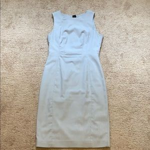 Grey sleeveless fitted dress